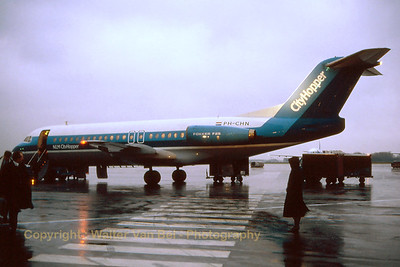 NLM_CityHopper_Fokker_F-28-4000_PH-CHN_cn11176_EBBR_Nov1988_scan16_WVB_1200px