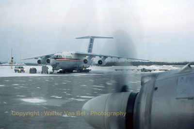 Cubana_Ilyushin_IL-76MD_xxxxx_Canada_CYMX_Feb1989_scan10_WVB_1200px