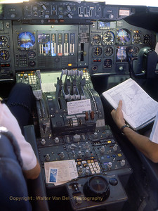 KLM_B747-206B_PH-BUD_20398-152_cockpit_Inflight_Feb1989_scan06_WVB_1200px