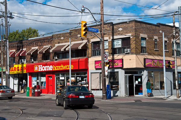 Gerrard St and Coxwell Ave