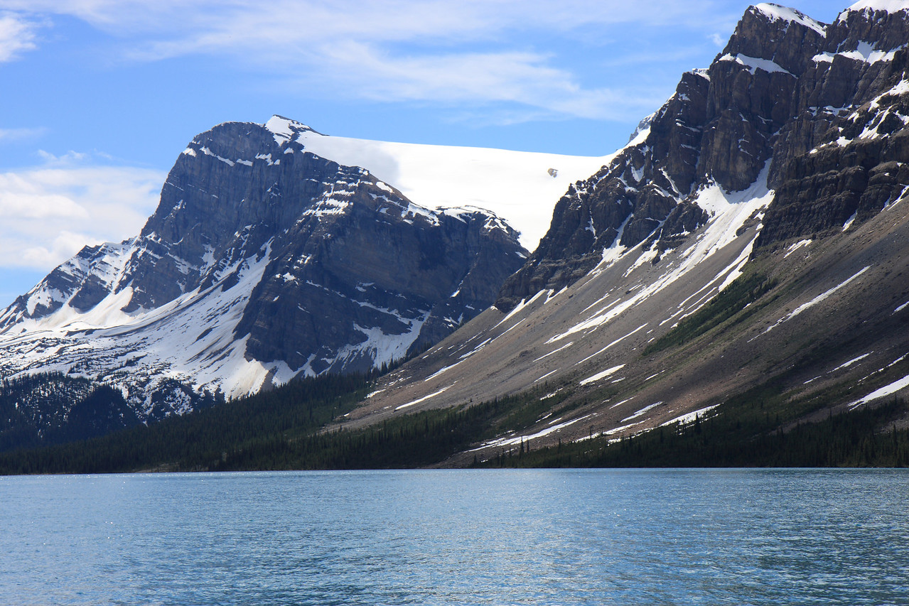 Bow Lake from Roadside turnout at Num Ti Jah