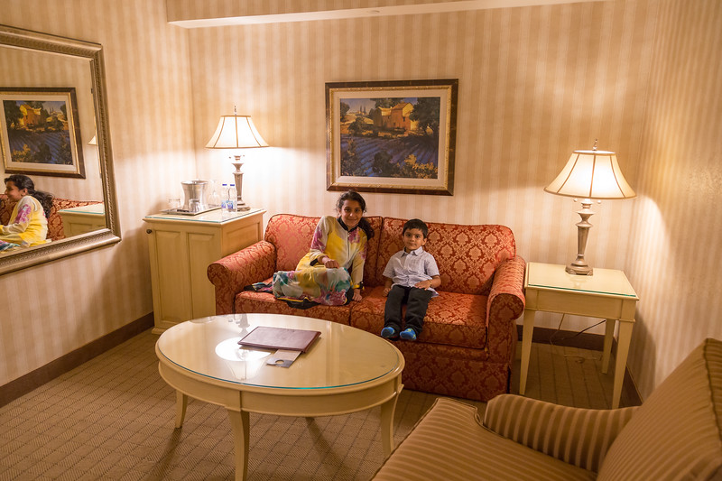 After a busy day, relaxation at our Hotel - Chateau Vaudreuil