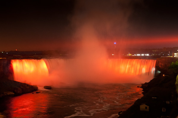 The cost to light the American and Horseshoe falls is eastimated to be $85/hour.
