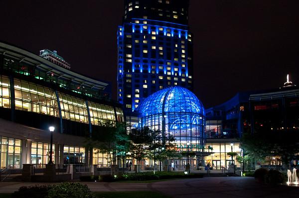 Night Photography - The Galleria at Niagara Falls