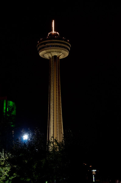 The Skylon Tower at night