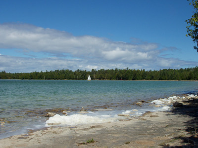 ON, Tobermory - Hike Around Cypress Lake to the Halfway Bay & Grotto
