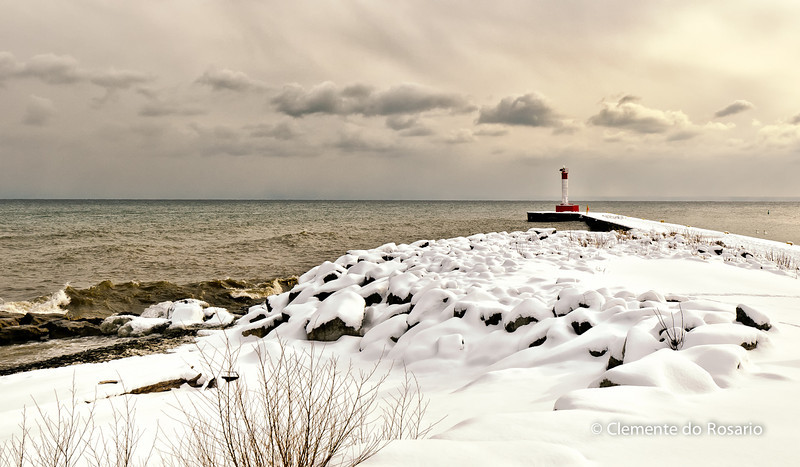 Oakville Lighthouse in winter