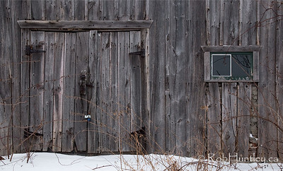 Barn doors and window. Pinhey's Point Heritage Property and Park. © Rob Huntley