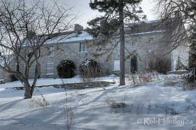 The heritage house through the trees. Pinhey's Point Heritage Property and Park. © Rob Huntley