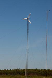 wind farm at north cape pei_070709_0247