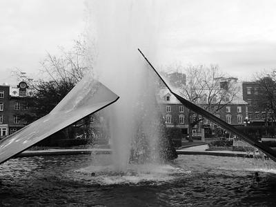 Éclatement II Fountain