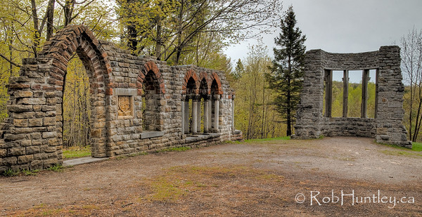Part of the collection of ruins at the Mackenzie King Estate, Gatineau Park.  © Rob Huntley