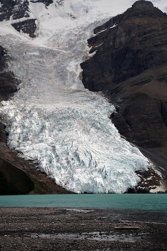 Berg Glacier (km 19).