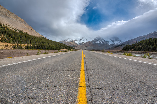Icefields Parkway & Mt Athabasca