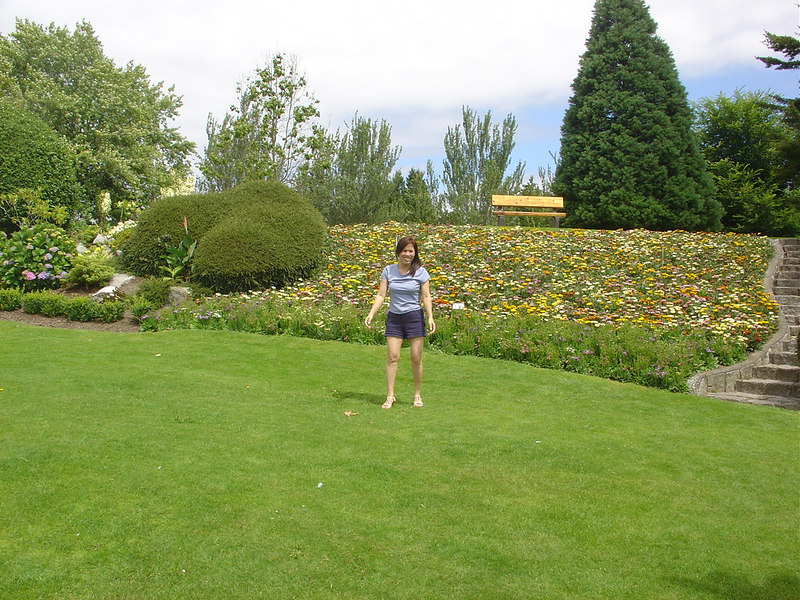 Peace Arch Park. The Peace Arch is a monument situated on the Canada – United States border between the communities of Blaine, Washington and Surrey, British Columbia.