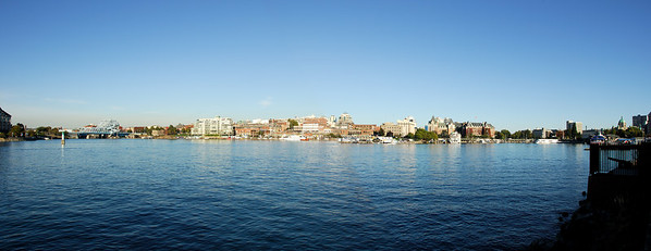Downtown-Victoria-Harbor