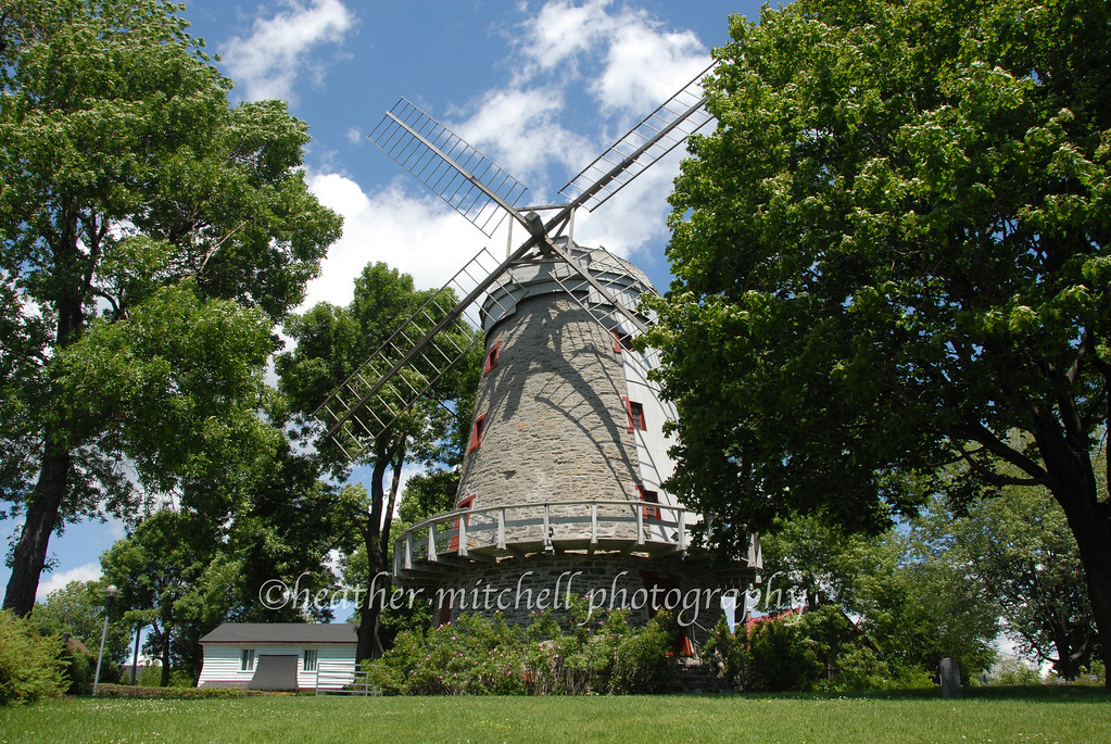 "Moulin Fleming, LaSalle, Québec  <form target=""paypal"" action=""https://www.paypal.com/cgi-bin/webscr"" method=""post""> <input type=""hidden"" name=""cmd"" value=""_s-xclick""> <input type=""hidden"" name=""hosted_button_id"" value=""2886811""> <table> <tr><td><input type=""hidden"" name=""on0"" value=""Sizes"">Sizes</td></tr><tr><td><select name=""os0""> 	<option value=""Matted 5x7"">Matted 5x7 $20.00 	<option value=""Matted 8x10"">Matted 8x10 $40.00 	<option value=""Matted 11x14"">Matted 11x14 $50.00 </select> </td></tr> </table> <input type=""hidden"" name=""currency_code"" value=""USD""> <input type=""image"" src=""https://www.paypal.com/en_US/i/btn/btn_cart_SM.gif"" border=""0"" name=""submit"" alt=""""> <img alt="""" border=""0"" src=""https://www.paypal.com/en_US/i/scr/pixel.gif"" width=""1"" height=""1""> </form>"