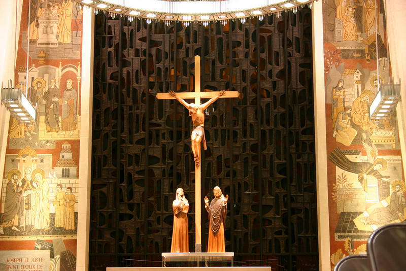 Altar in St Joseph's Oratorie, Montreal.