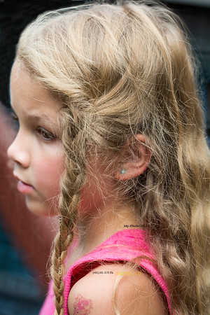 blond child profile 3246