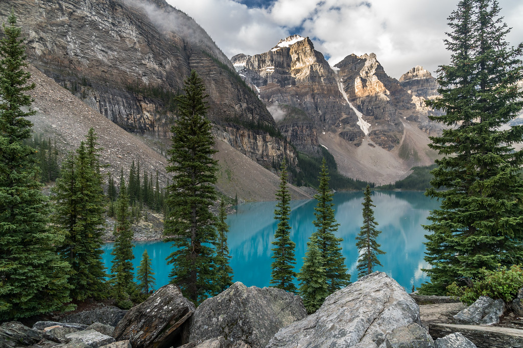 Morning on Moraine Lake