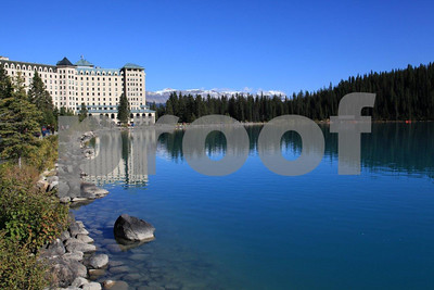 Lake Louise lodge 5000