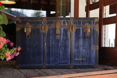 Blue Steamer Trunk 4556  Kettle Valley Steam Train