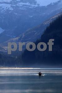 Lake Lousie canoe 5021
