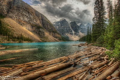 Moraine Lake log jam at lake outflow - afternoon scouting trip fro sunrise shots