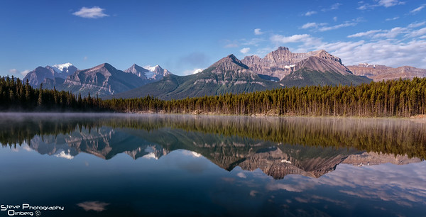 Herbert Lake - a hidden jewel along the Icefields Pakrway outside Lake Louise