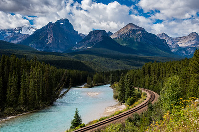 Morant's Curve, Bow River Valley