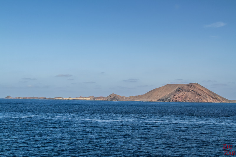 Ferry from Lanzarote to fuerteventura - view Lobos island