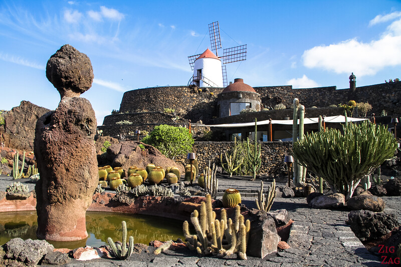 Things not to be missed in Lanzarote - Explore the island of La Graciosa - View from the Cactus garden with the windmill at the top