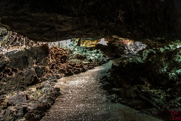 Best Lanzarote attractions by Jesus Soto - Cueva de los verdes tunnel