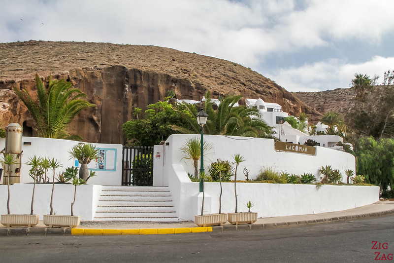 Best attractions in Lanzarote by César Manrique - Lagomar entrance