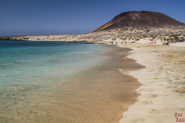 ​Boat Trip from Lanzarote to La Graciosa - Catamaran beach