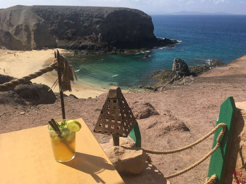 Bars und Restaurants in Papagayo 2