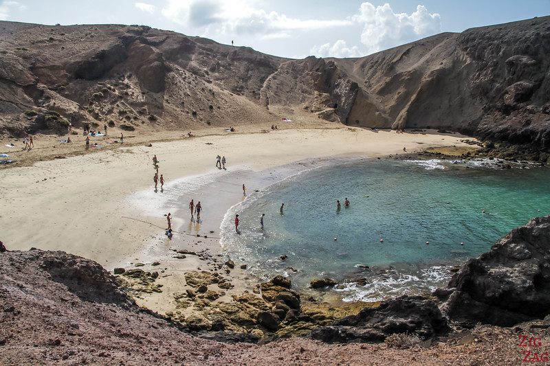 Playa de Papagayo beach Lanzarote picture 3