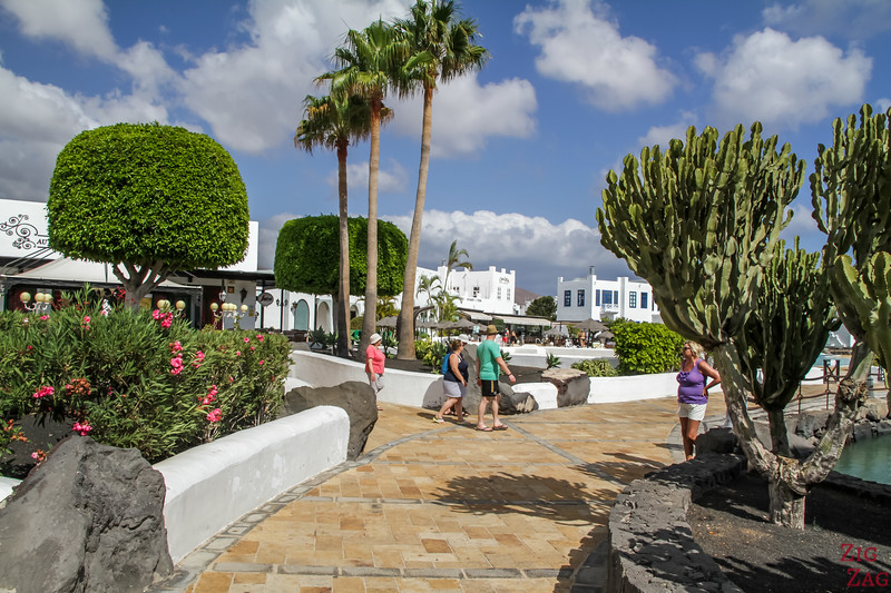Fuerteventura to Lanzarote Day Trips - shopping