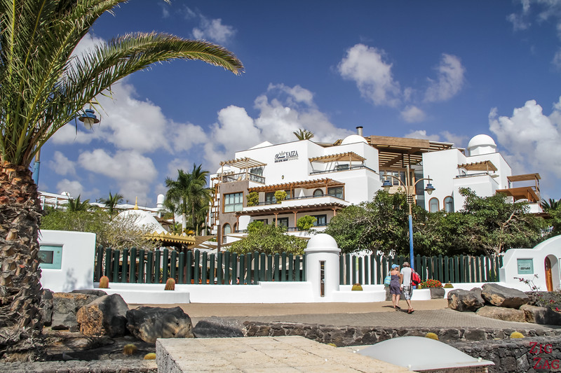 Where to stay in Lanzarote - 5 star hotel princesa Yaiza entrance