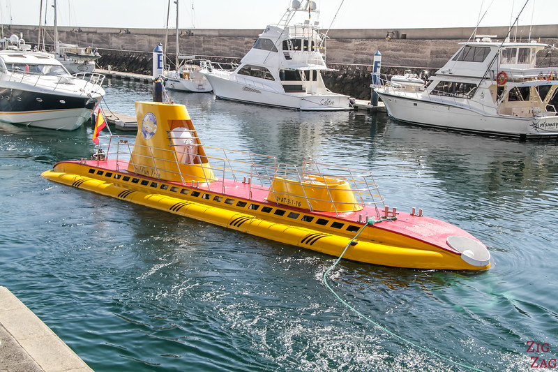 FUN activities in Lanzarote - yellow submarine at puerto Calero