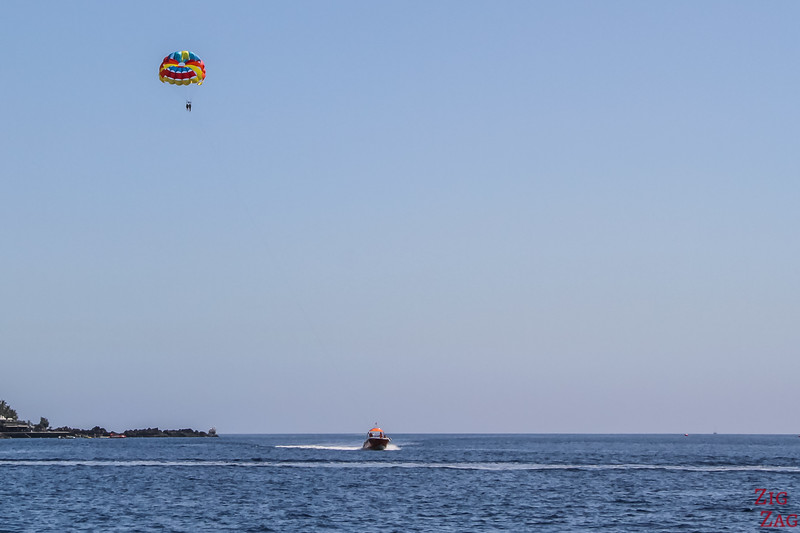 FUN activities in Lanzarote - Parasailing at Puerto del Carmen