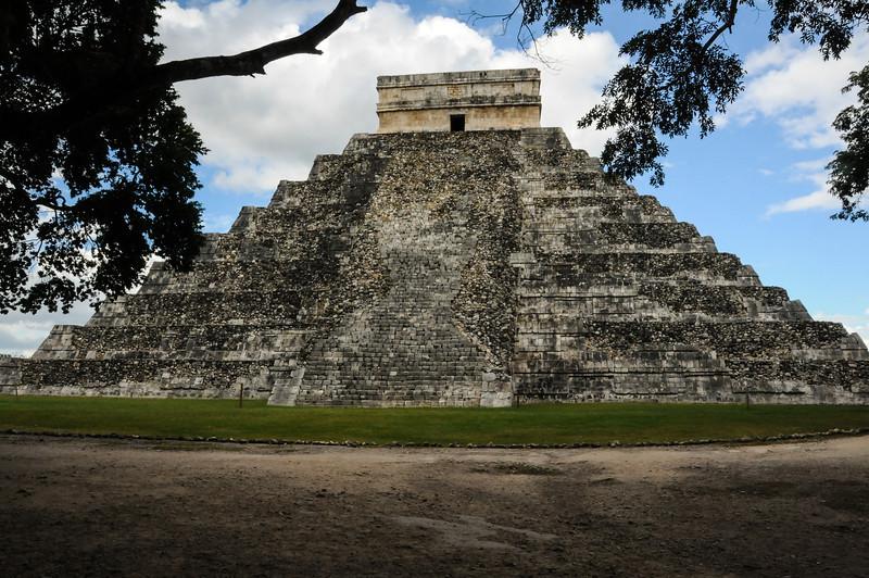 Chichén Itzá, Yucatán, Mexico - November 2011