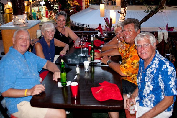 Daryl Forrest, Carole Boshell, Marie Forrest, Sande Anderson, Wayne Anderson and Larry Boshell. Party time in Play del Carmen.