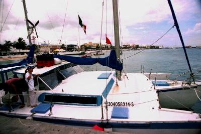 SnorkelBoat