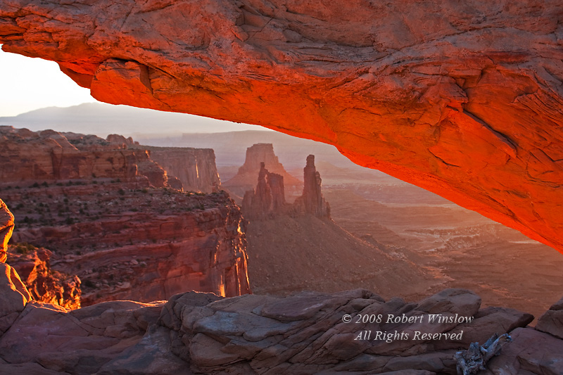 Washer Woman Arch seen through Mesa Arch, Morning, Canyonlands National Park, Utah, USA, North America