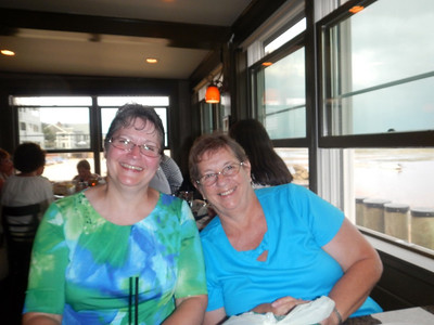 Kathy and Elaine at Fanizzis