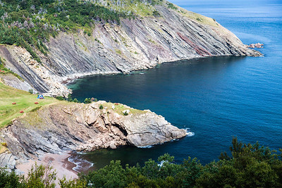 K08C7434 - Meat Cove, Cape Breton.  Note blue tent for reference in other photos.