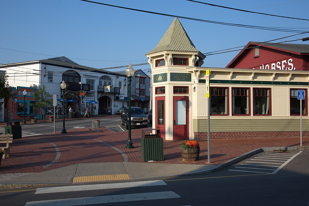 865 A commercial area of Martha's Vineyard. The building in the foreground is the Martha's Vineyard Savings Bank.