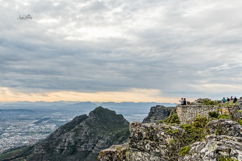 20190514-49 Cape Town Table Mtn, Site Seers on top of Table Mountain
