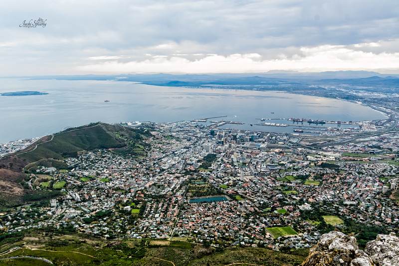 20190514-61 Cape Town Table Mtn, Robben Island on left, Lion's Rump, NW part of the city and V & A Waterfront from on top